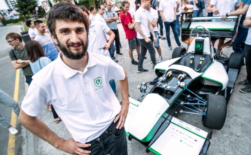 006 – Tim Novak in električni dirkalnik Eldrax