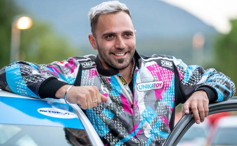 023 – Grega Premrl in dirkanje z različnimi dirkalniki